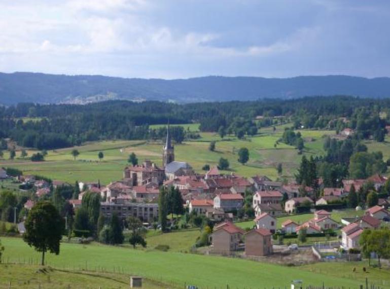 Maison contemporaine à faire construire à Saint Pal de Mons 43620.